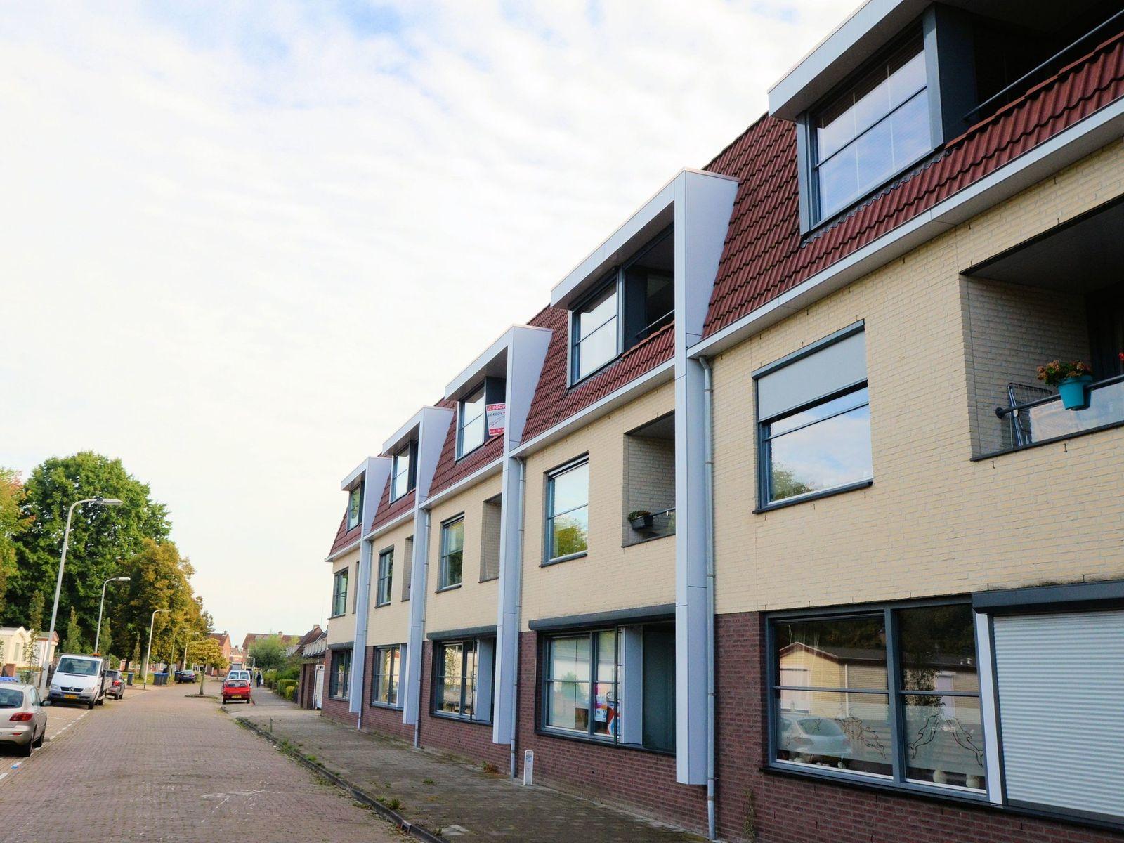 Bredaseweg 11-D, Roosendaal