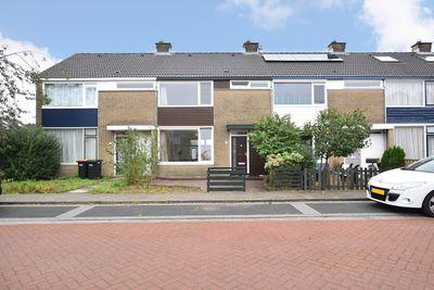 Bongerd 106, Lelystad