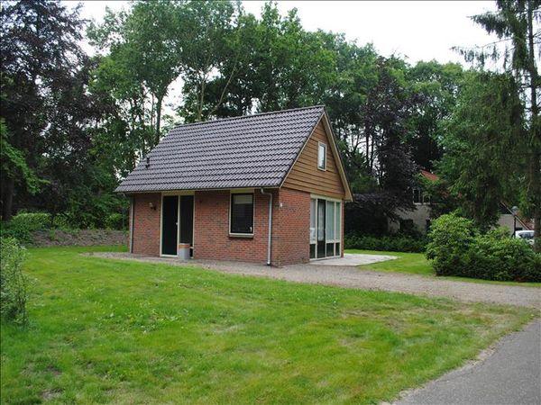 bruine hoopsweg 6-17, Hoge Hexel