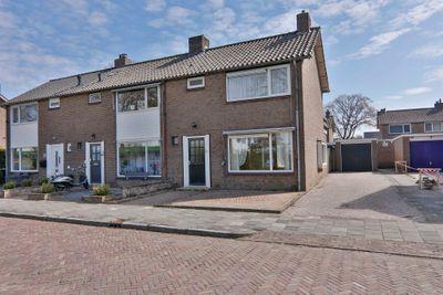 Ruysdaelstraat 55, Hoogeveen