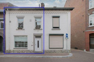 Burgemeester Janssenstraat 27, Beek