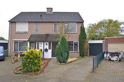 Nemerlaerhof 85, Helmond