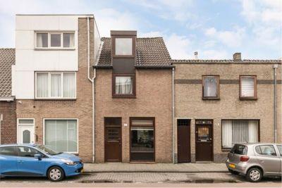 Bredaseweg 131, Tilburg