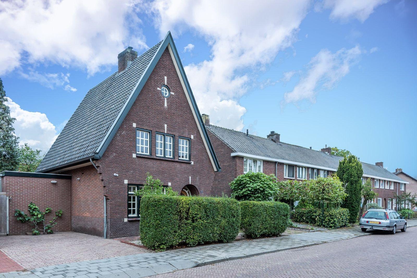 Ben van Dorststraat 3, Helmond