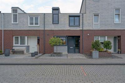 Baansteen 42, Nistelrode