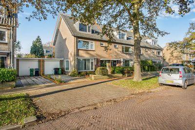 Baron Schimmelpenninck Van Der Oyelaan 38, Voorschoten