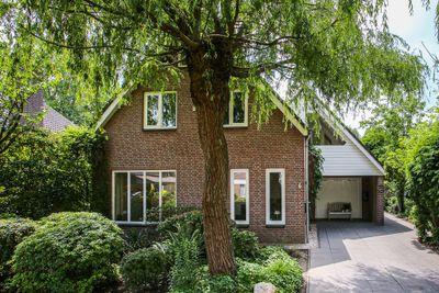 Berthastraat 6, Veldhoven