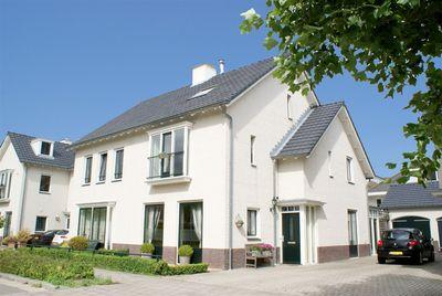 Jaap ter Haarstraat 95, Almere
