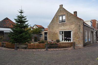 Stekelstraat 1, Nieuwerkerk
