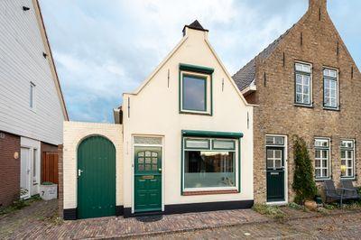 Westdijk 13, Sommelsdijk