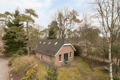 Hof van Halenweg 2-9, Hooghalen