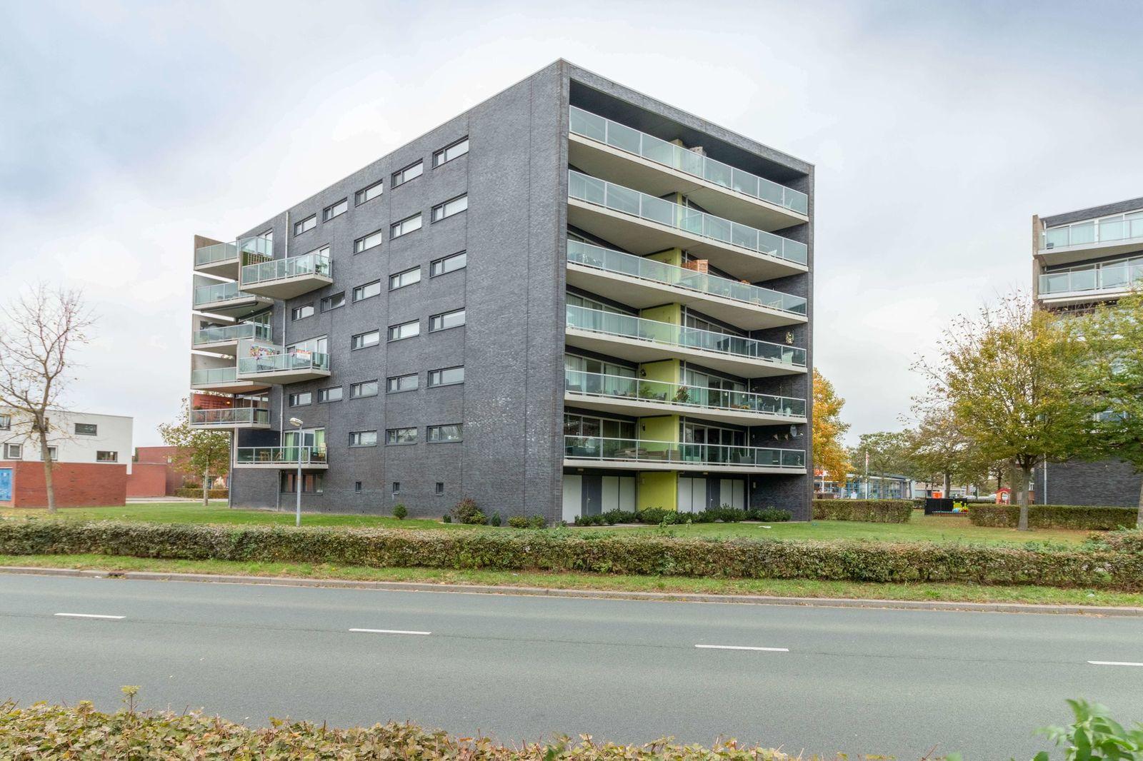 Salsastraat 129, Almere