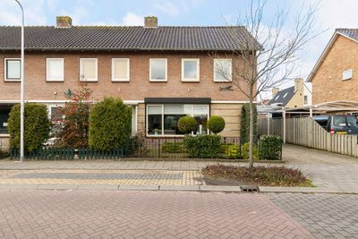 Koningin Emmastraat 11, Woudenberg
