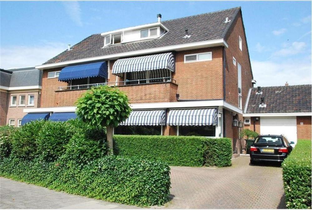 Huizen Huren Rotterdam : Huis huren aan de straatweg in rotterdam bekijk huurwoningen