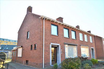 Oranjestraat 14, Echt