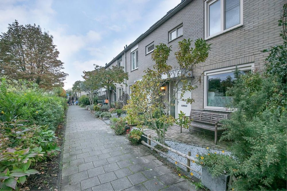 Sibeliuspad 4, Almere