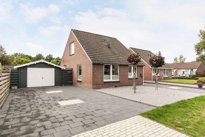 Tuinstraat 1, Gieterveen