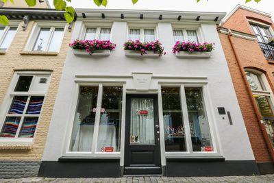 Moeregrebstraat 1, Bergen Op Zoom