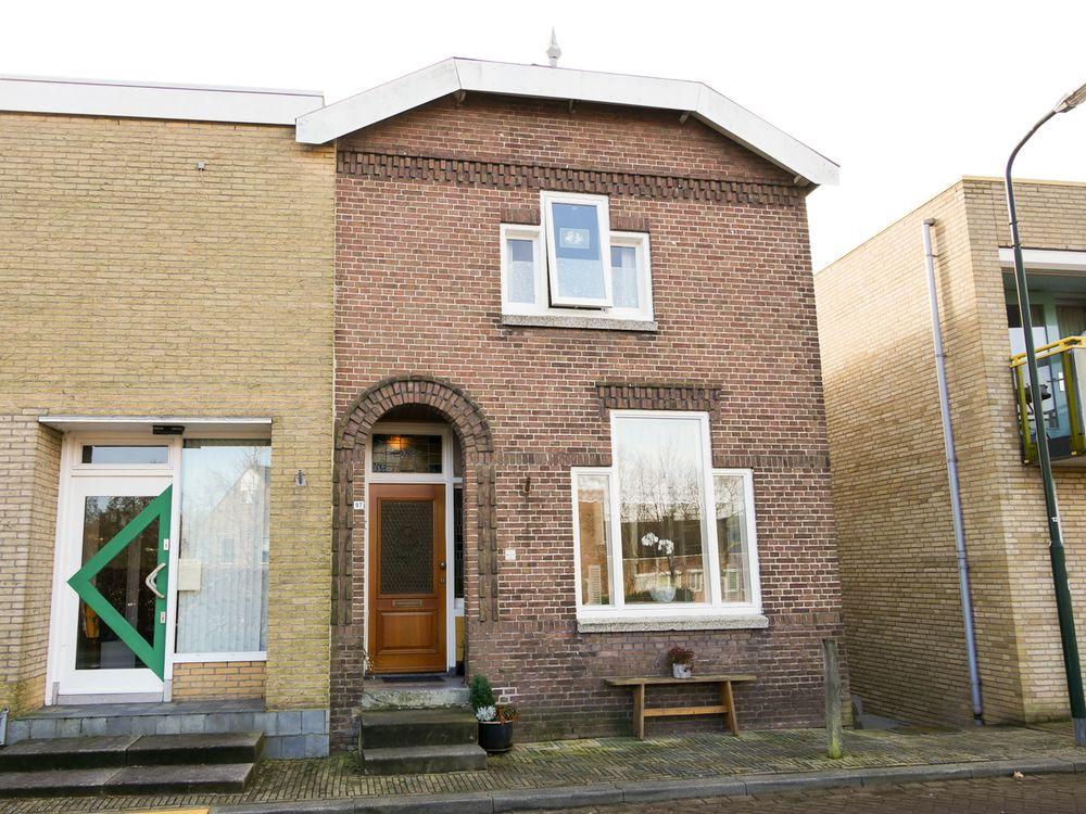 Peulenstraat-zuid 97, Hardinxveld-Giessendam