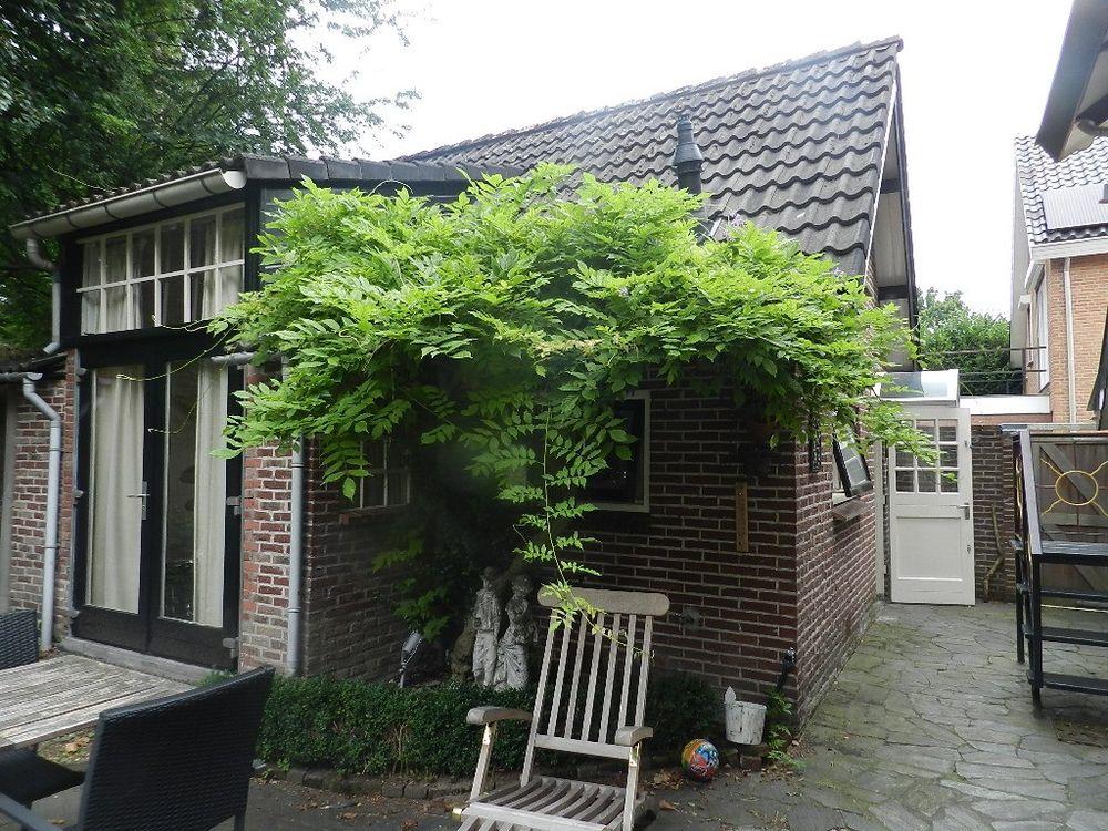 Graaf van Lijndenlaan, Apeldoorn