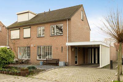 de Ruyterstraat 5a, Weurt