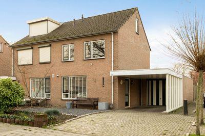 de Ruyterstraat 5-a, Weurt