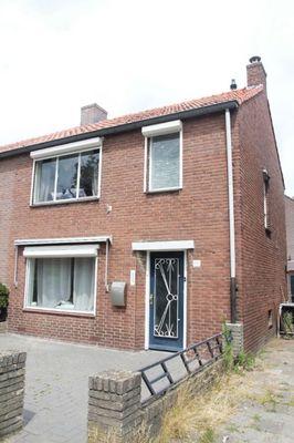 Piet Heinstraat, Waalre