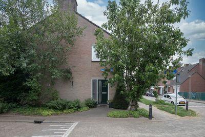 Cramer van Brienenstraat 8, Maastricht