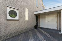 Porfierdijk 25, Roosendaal