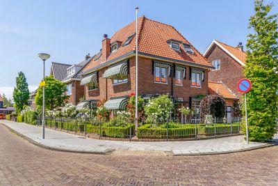 Koningin Julianastraat 1, Castricum