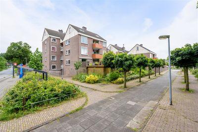 Hofmark 389, Almere