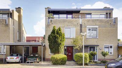 Pioen 10, Noordwijkerhout
