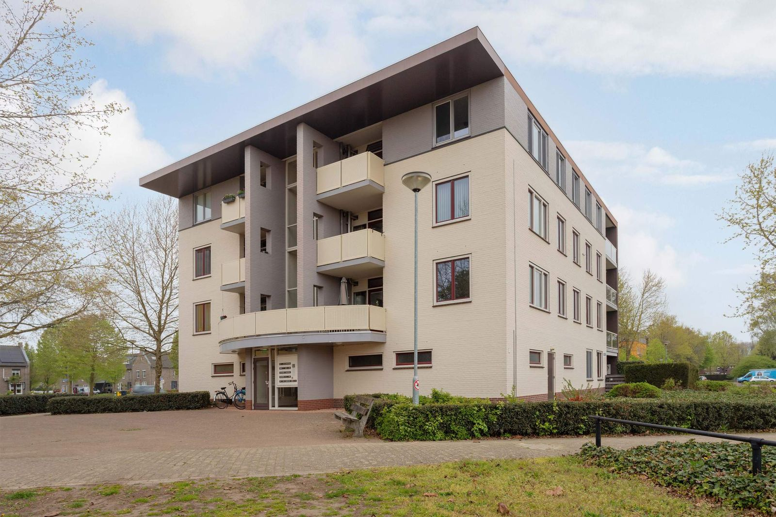 Zwaluwstraat 93, Horst