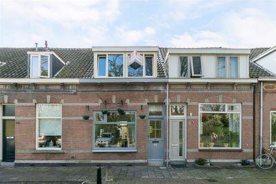 Tulpstraat 11, Dordrecht