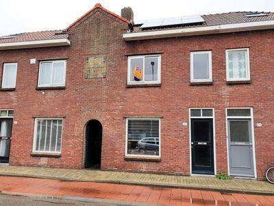 Broekhovenseweg 210, Tilburg