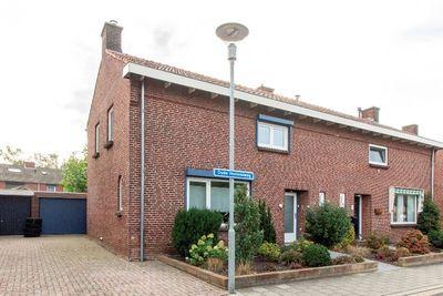 Oude Venloseweg 27, Velden
