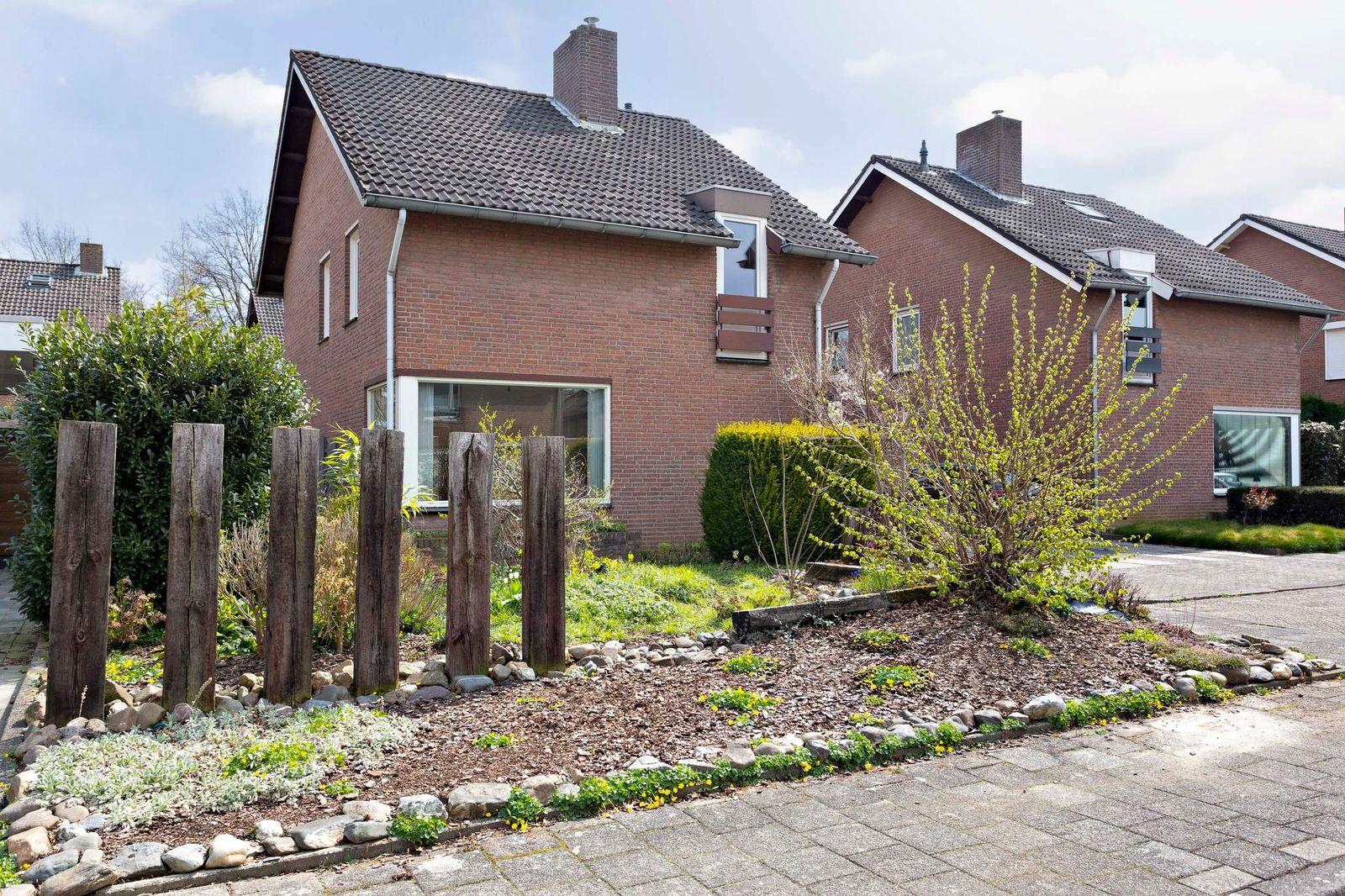 Reinaldstraat 7, Beek