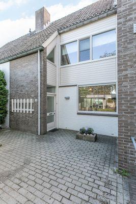 Veulenerbank 44, Maastricht