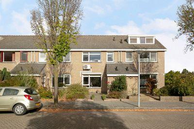 Zwaluwstaartweg 49, Eindhoven