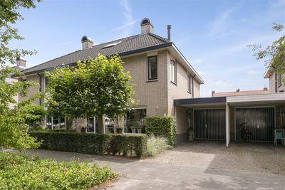 Piet Heinlaan 8, Harderwijk