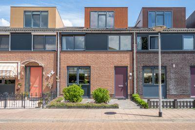Maasdam-akker 14, Barendrecht