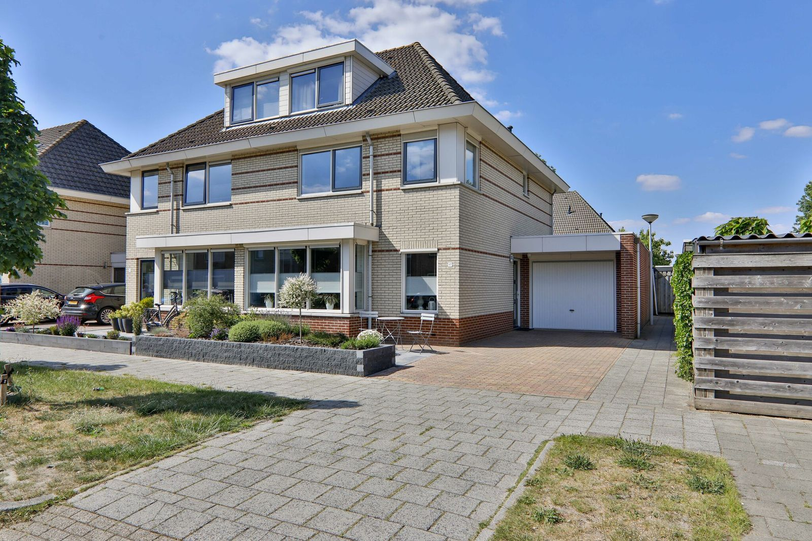 Beckerstraat 17, Hoogeveen