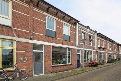 Middenstraat 21, Kampen