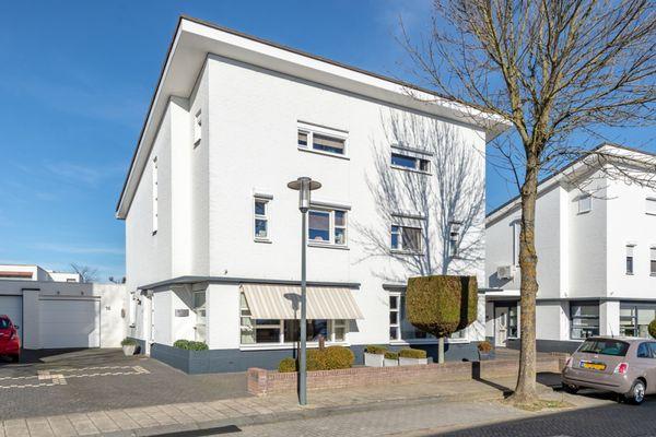 Rijkhovenstraat 10, Maastricht