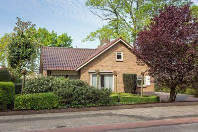 Dorpsstraat 251, Lunteren