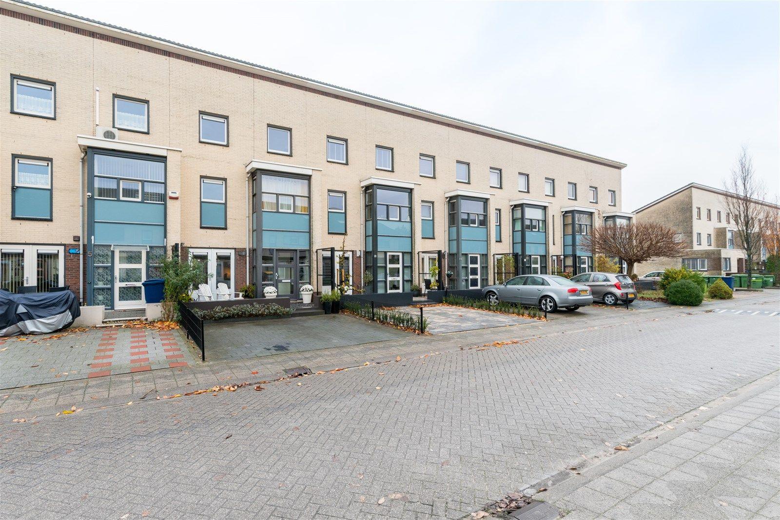 Vrije Zeestraat 7, Almere