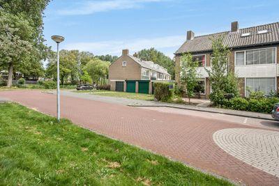van de Veldelaan 21, Alkmaar