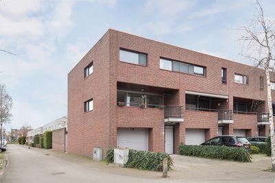 Zandbloem 30, Eindhoven