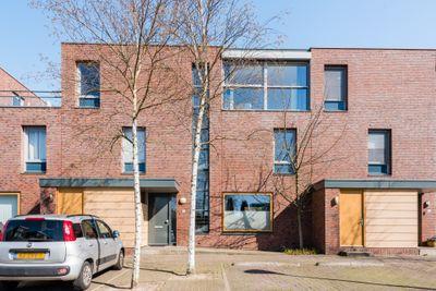 Grasmat 38, Eindhoven