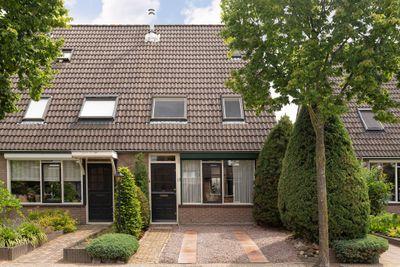 Goudenregenstraat 12, Ederveen
